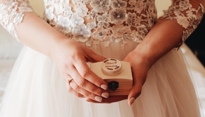 Свадебное платье. Приметы